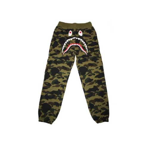 bape-camo-sweatpants