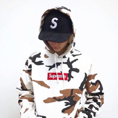 supreme-camo-box-hoodie-3