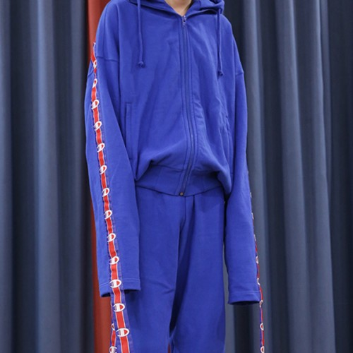 vetements-champion-long-belt-hoodie-3