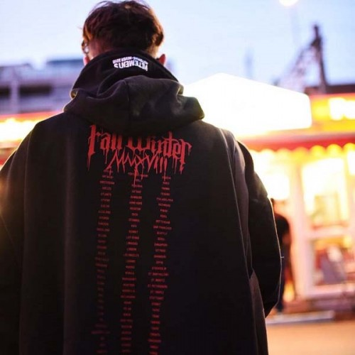 vetements-red-graffiti-hoodie-6