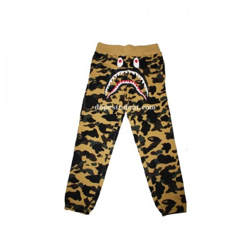 bape-yellow-camo-swetapants