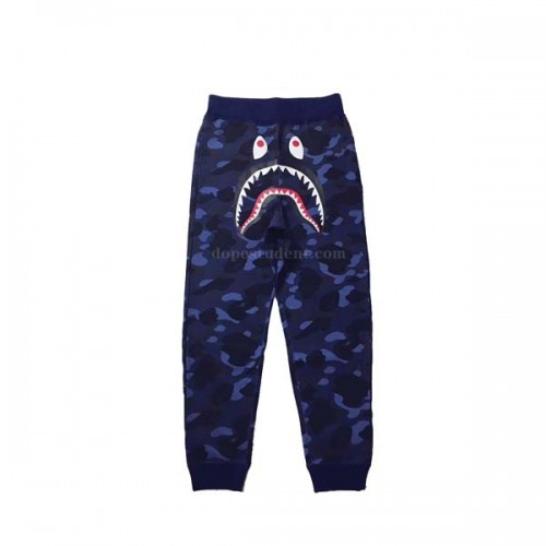 bape-blue-camo-sweatpants-2