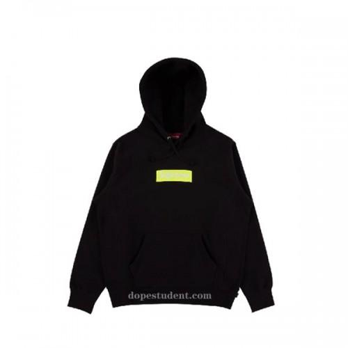supreme-2017fw-black-box-hoodie-1
