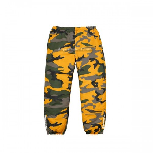 supreme-brooklyn-camo-sweatpants-1