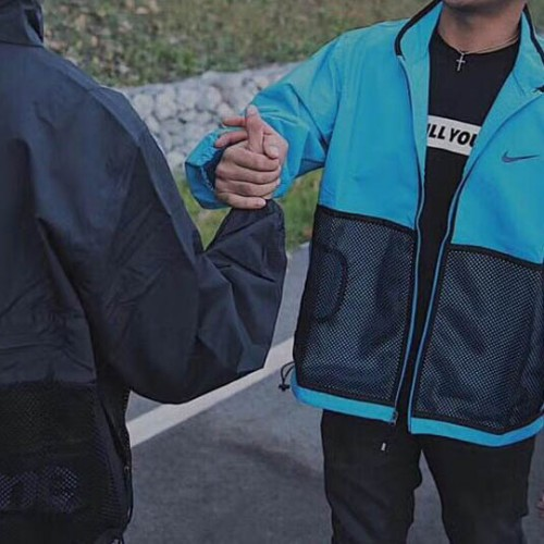 supreme-nike-running-jacket-8