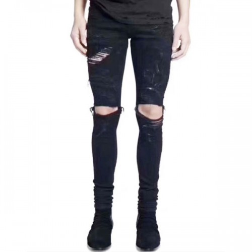Amiri-black-destroyed-jeans-2