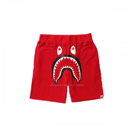 bape-red-camo-pocket-2
