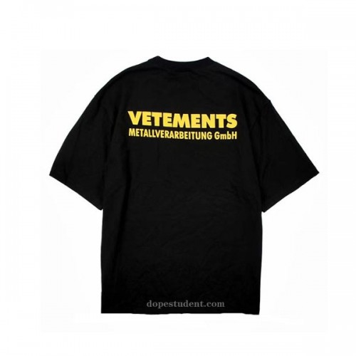 vetements-ywllow-logo-tshirt-3
