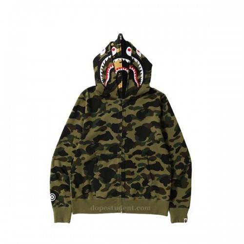 bape-green-layered-hodoie-1