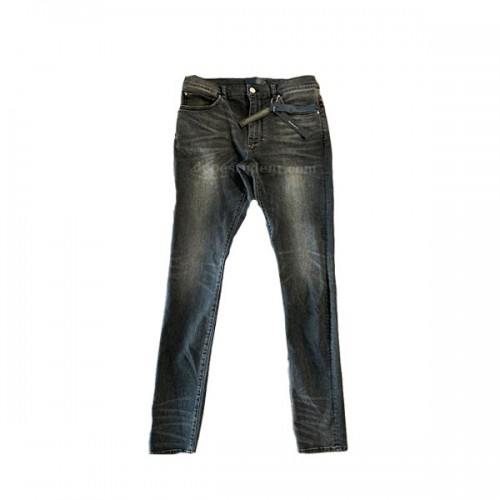 amiri-blue-washed-jeans-3